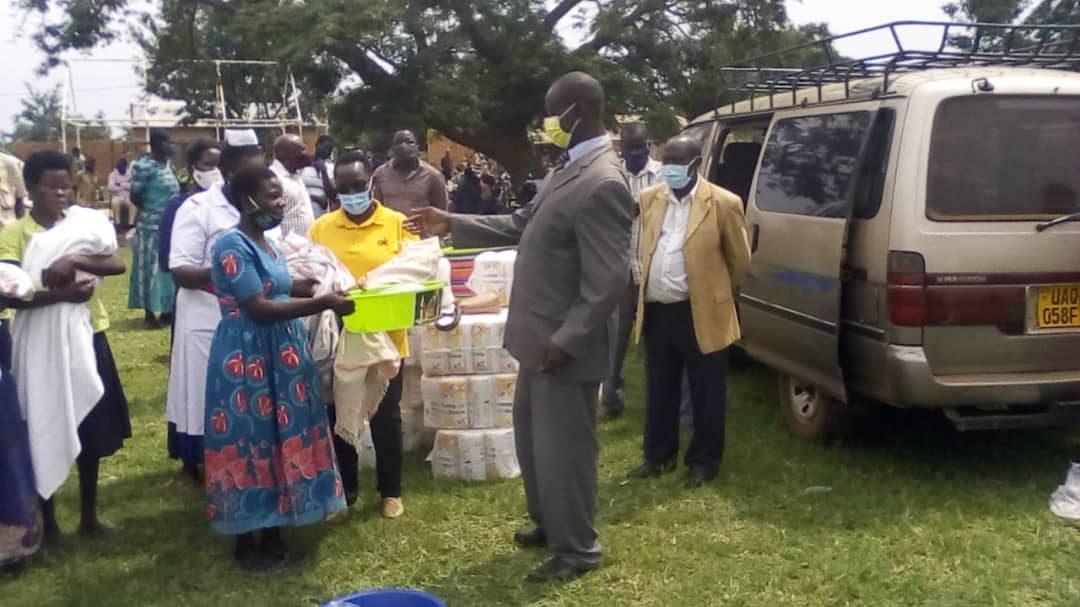 Mothers Get Mama Kits From Amolatar's North Kyoga MP